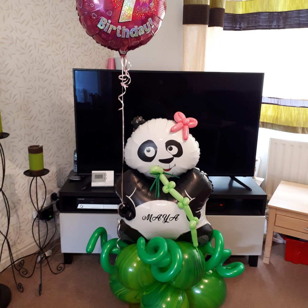 Panda Balloon with foil balloon